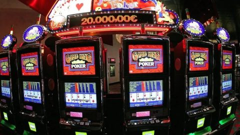 Beating Video Poker Machines